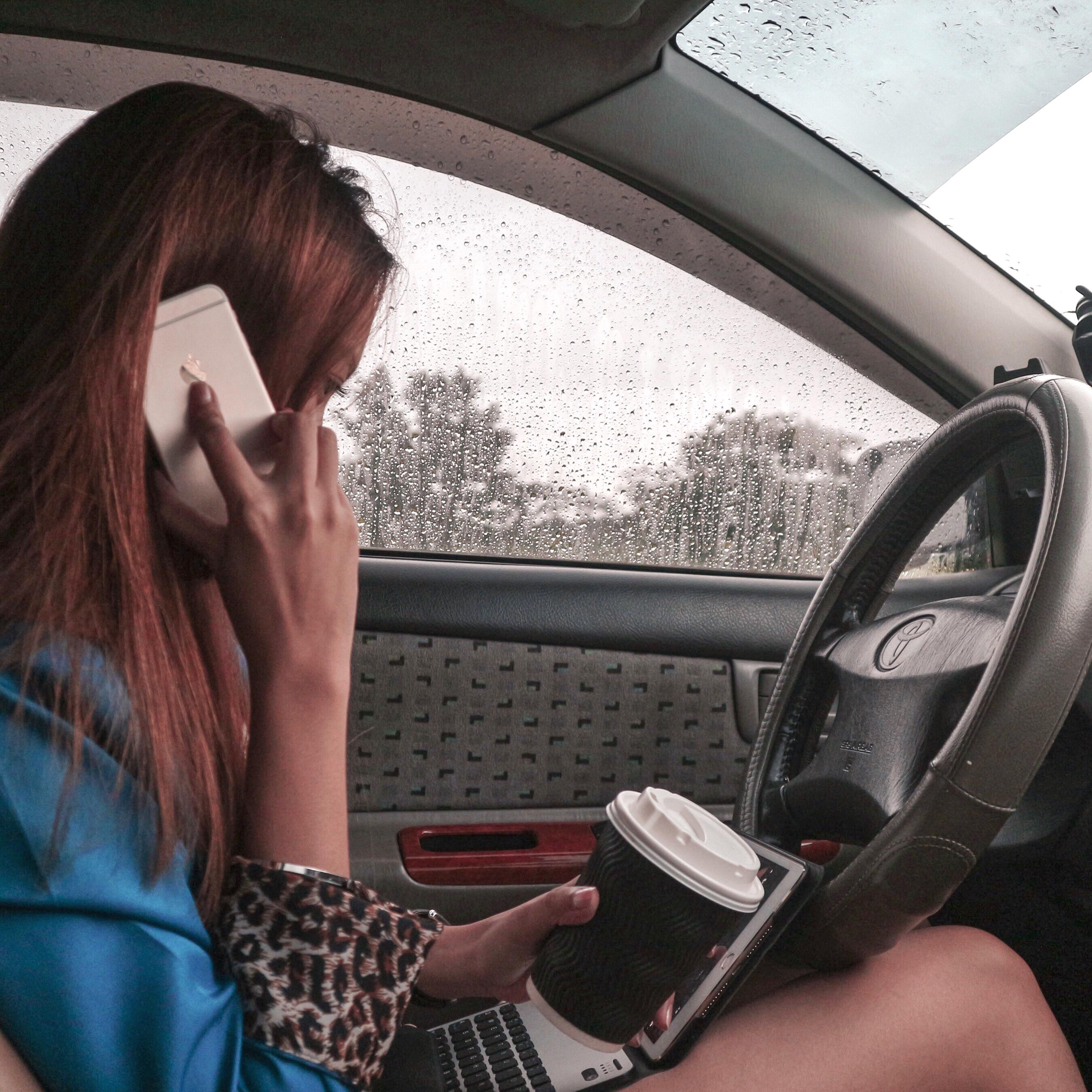 Digital Nomad in a car
